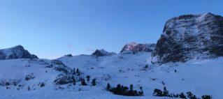 Pohoří Dachsteinu na sněžnicích