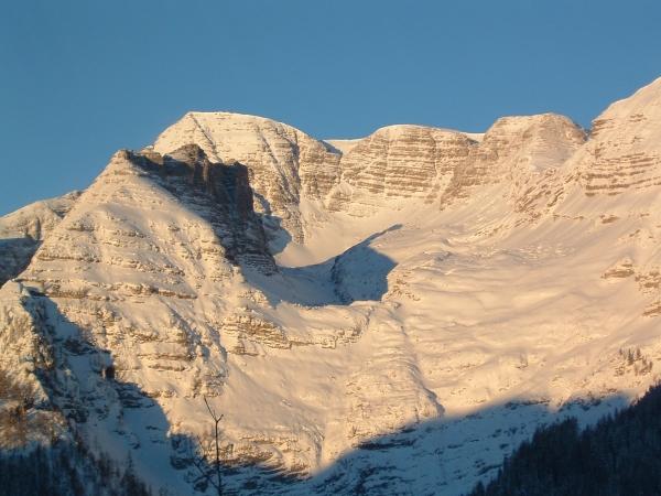 Otevření zimní sezóny sněžnicová túra v Totes Gebirge